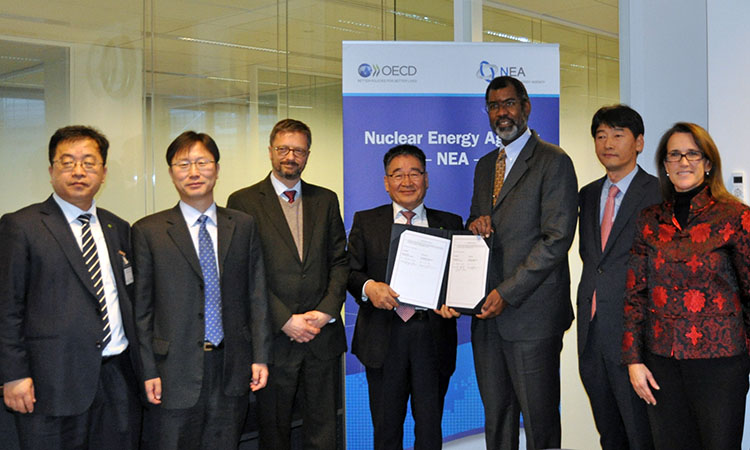 NEA and KORAD sign a Memorandum of Understanding in the Area of Management of Radioactive Waste and Spent Nuclear Fuel, November 2016