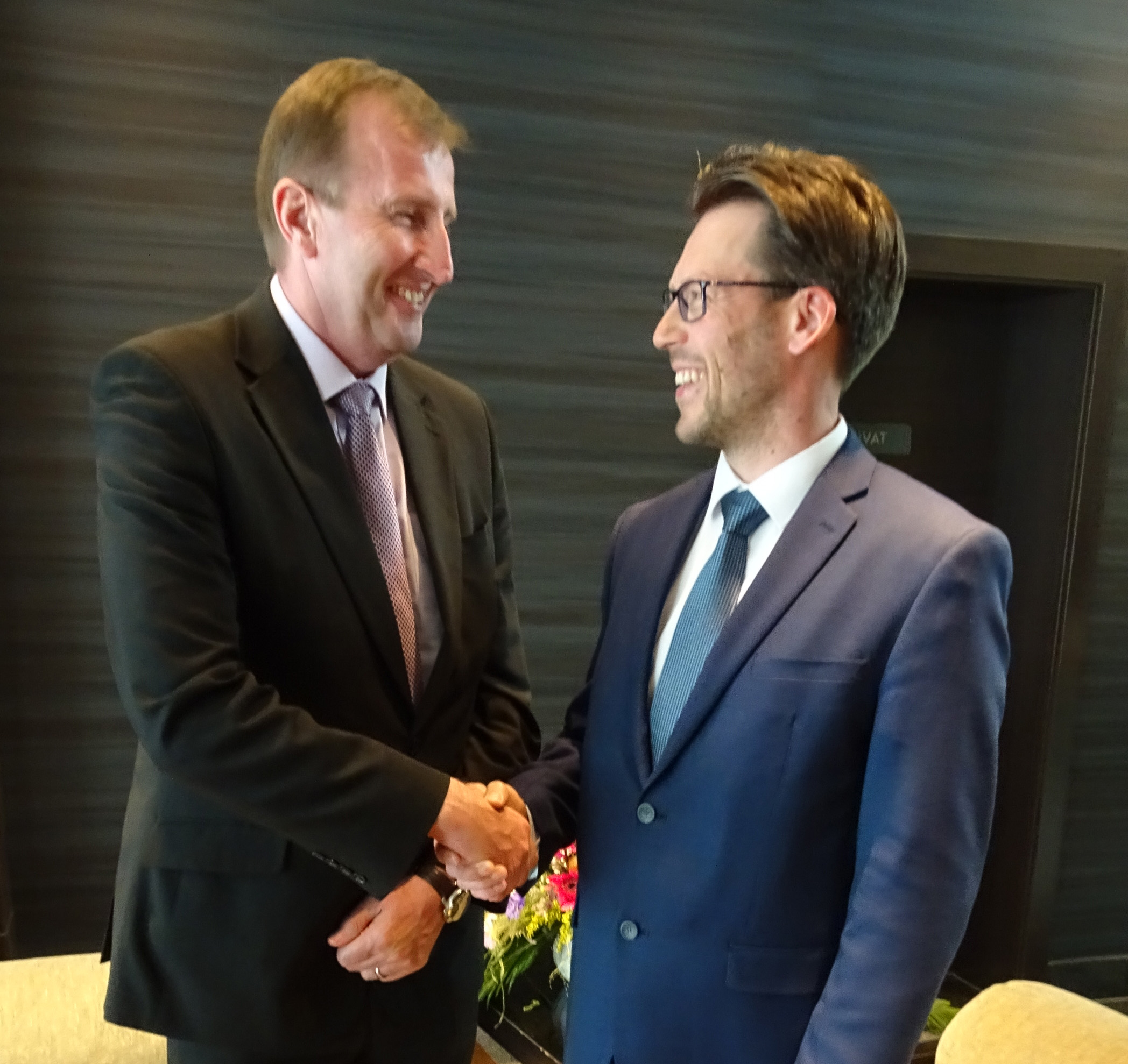 New MDEP Chair Mr Mark Foy and outgoing Chair Mr Petteri Tiippana, May 2018